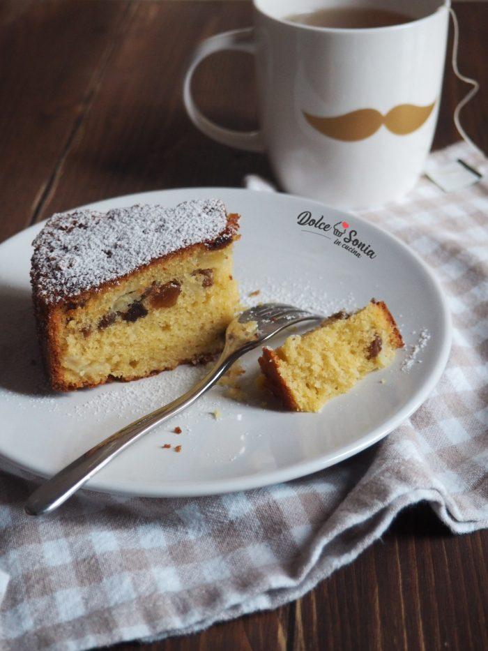 Torta Morbida Mele e Uvetta